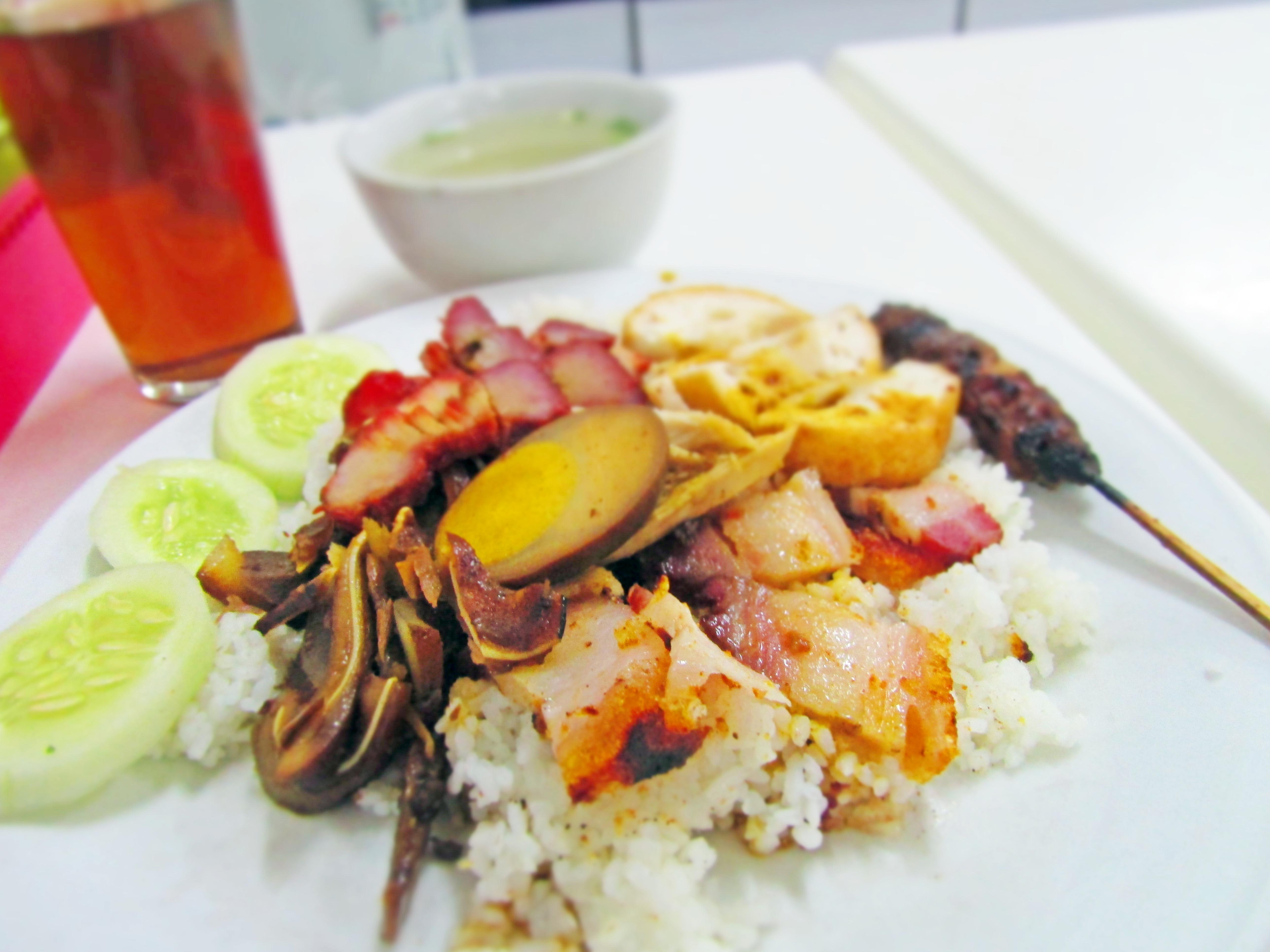Makan Malam di Nasi Campur Bintang?
